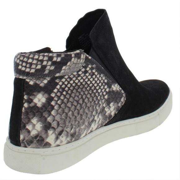 Kenneth Cole Black Snakeskin Sneakers